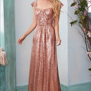 Long Sweetheart Neckline Sequins Bridesmaid Dress